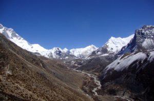 Chukhung Village, Chukkung Ri Himalayan glacier trekking Nepal