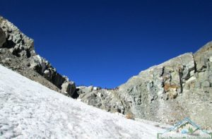 Top of Cho La pass in Everest lets go to scale How tough is Cho La pass trek