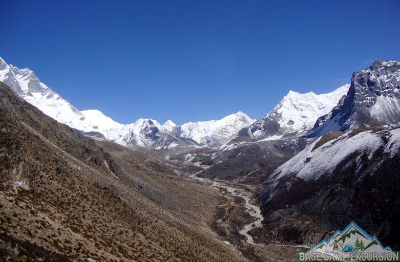 Everest base camp trek guide - Everest base camp trek without a guide and porter