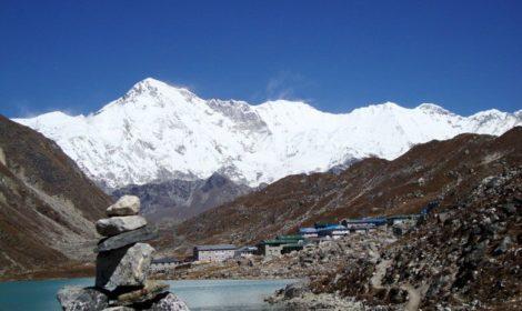 Gokyo Lakes trek to gokyo ri Nepal