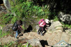 Hiring porters in Lukla for Everest base camp trekking Nepal - hire porter from Lukla