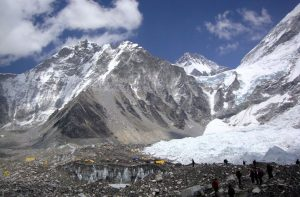 How safe is Everest base camp - Is Everest base camp trekking safe, can anyone climb to everest base camp
