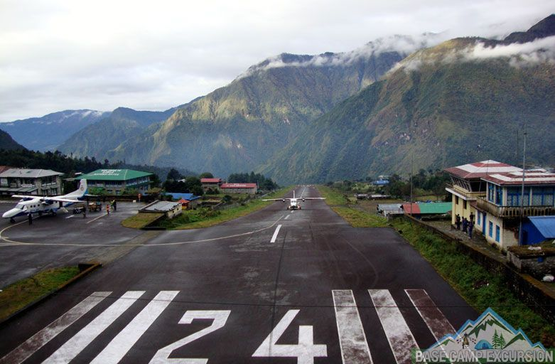 Lukla Airport Nepal - What is the closest airport to Mount Everest