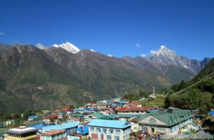Nearest airport to Mount Everest and Lukla airport code LUA at Lukla town in Nepal