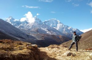 How to hire a best Nepal travel guide - Nepal trekking guide and Nepal tour guide
