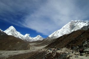 Shivalaya to Everest base camp trek via jiri crossing Lamjura La and Takasindu la Nepal