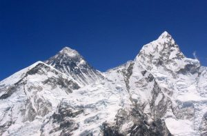 When is the best time to climb Mount Everest south east ridge Nepal - Best time to go to climb Everest expedition