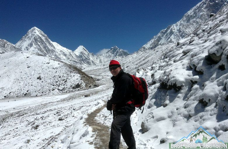 How far is it from Jiri to Everest base camp trek distance