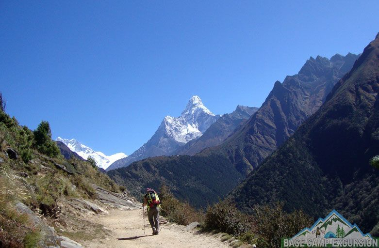 Guided solo trek to Everest base camp - alone hiking to Everest base camp solo trekking Nepal
