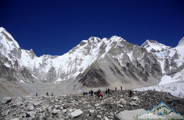trekking to Everest base camp - What to expect on a trekking to Everest base camp Nepal