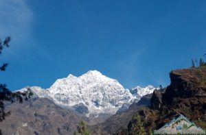Temperature, weather and climate during Everest base camp trek in November