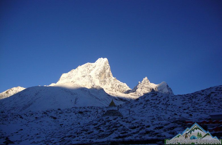 Mount Everest trips - Trip to Mount Everest base camp trek in July