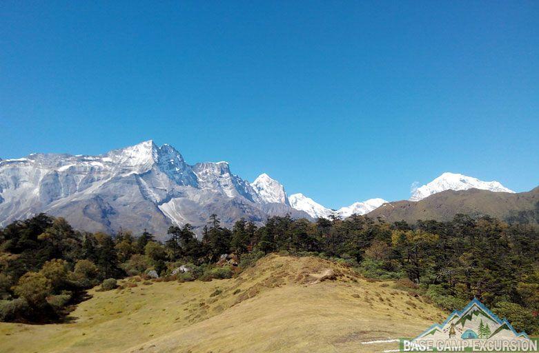 Mt Everest base camp trek in June