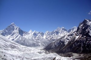Outfitter Nepal Everest base camp trek in December - Everest tours