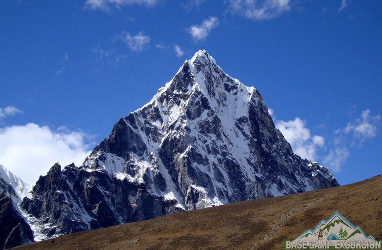 Top 10 Nepal trekking tours - Best treks in Nepal Everest region Himalayas, Nepal