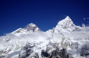 climbing Mount Everest - Guided Mount Everest expedition summit
