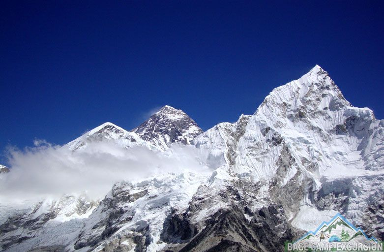 Who was the first woman to climb Mount Everest in the world