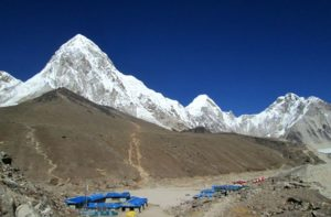 Amazing Mount Everest view from kala patthar trek in Nepal
