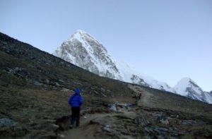 Gorak shep to Kalapatthar distance, weather, elevation & temperature now