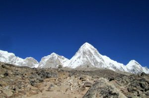 Lobuche to Everest base camp distance via Gorak shep in Khumbu Nepal
