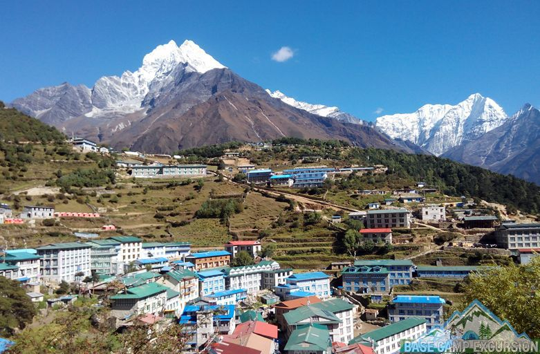 map of mount snow with Namche Bazaar To Lukla Distance And Map on Mtlemmonskivalley Trailmap further Mount Elbrus in addition Kilimanjaro Climb in addition 7922152650 furthermore En inverno skiarea santa.