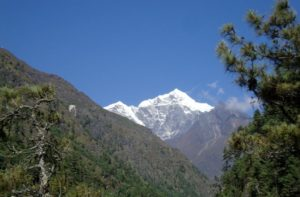 Hiking from Lukla to Namche Bazaar trek