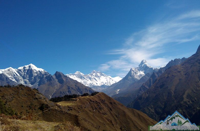 Jiri to Everest base camp trek via Gokyo lakes & Cho la pass