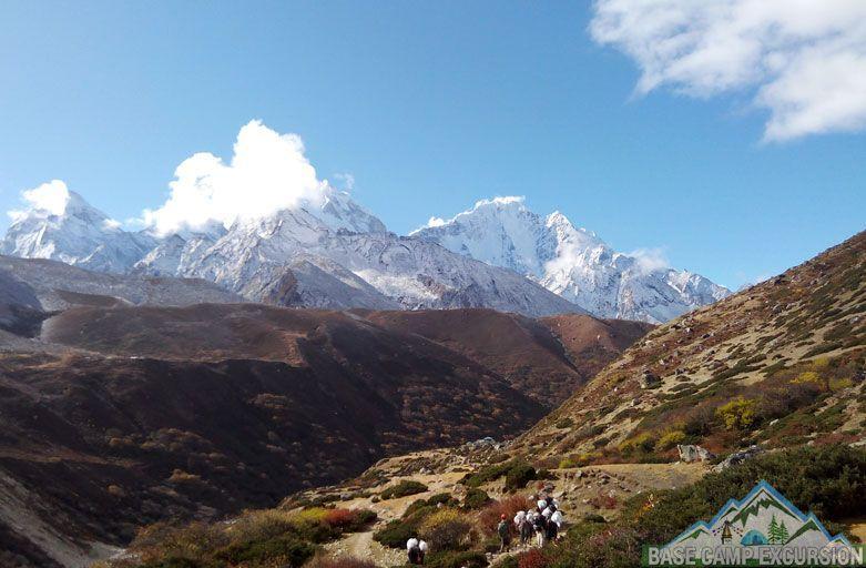 Local best Everest base camp trekking tour operator company Nepal