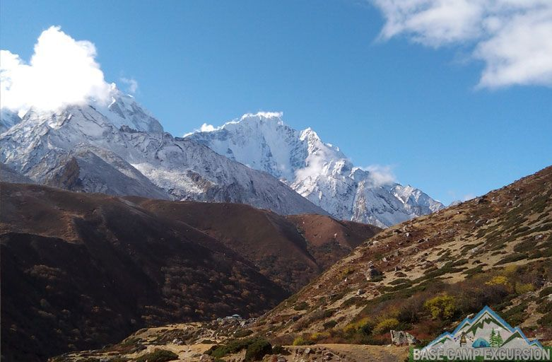 Camp heights and altitudes profile for the Everest base camp treks Nepal