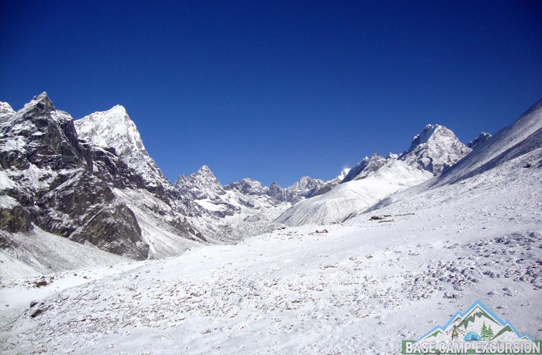 Best mid winter trekking in Nepal packages on lower elevations
