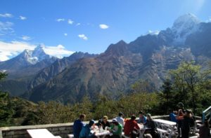 stay fit and healthy during Everest base camp trek
