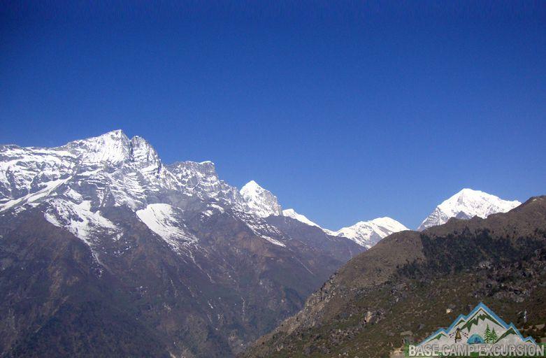Rolwaling to Everest base camp trek via Tashi Lapcha pass