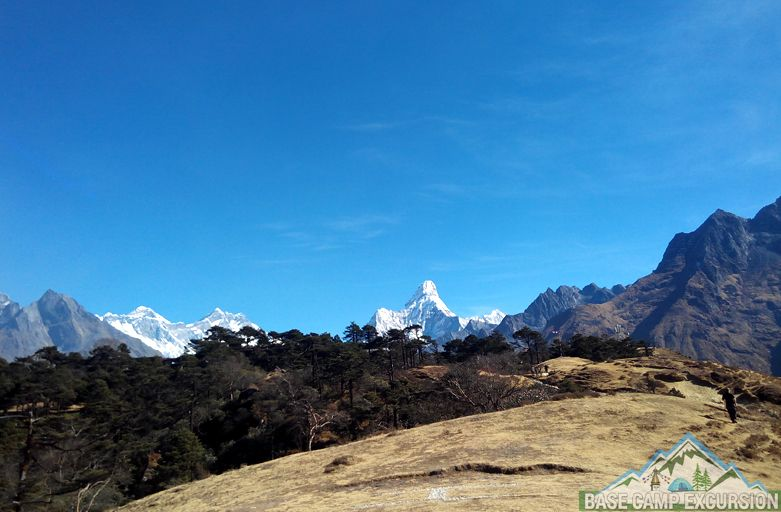 deluxe adventure trip to Mount Everest base camp trek in style with Kala Patthar excursion