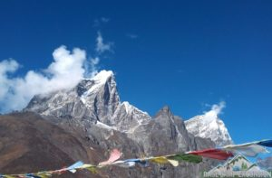 Vaccinations & medications are needed for Everest base camp trek