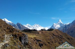 Cost of snacks & food on Everest base camp trek daily consume