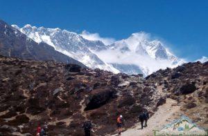 Around Everest circuit trek to conquer EBC, Gokyo lakes & 3 passes
