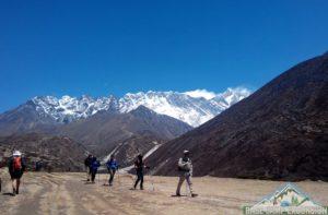 Web's no 1 Everest base camp trek description online guide in details