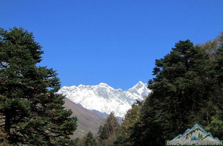 Drive Kathmandu to Salleri to Everest base camp trekking in Nepal