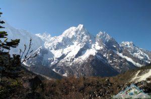 Manaslu trekking information